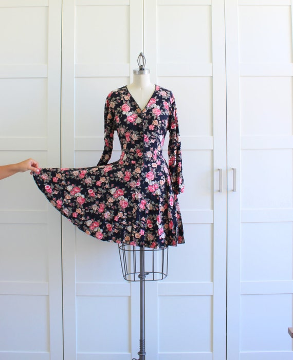 90s Grunge Floral Print Mini Dress, Button Front Long Sleeve Dress, size Medium Large