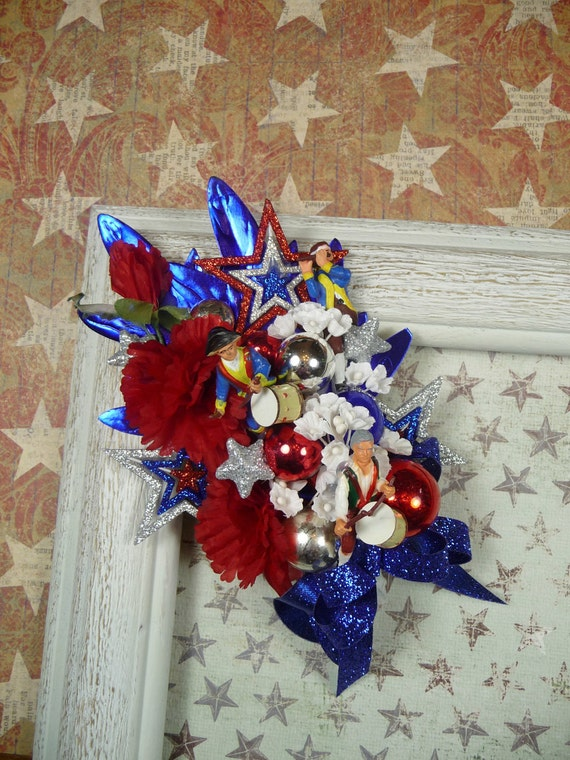 Patriotic Corsage Spirit of 76 Independence Day Red White Blue Corsage