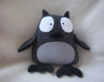 Owl Stuffed Animal- Black & Gray Houndstooth