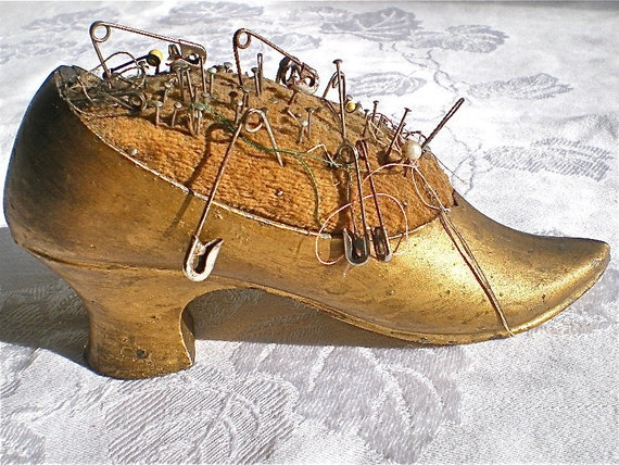 Reserved for Rosie, Pin cushion, Shoe, Antique, Shabby, Gold, Pins, Home Decor, 1920s