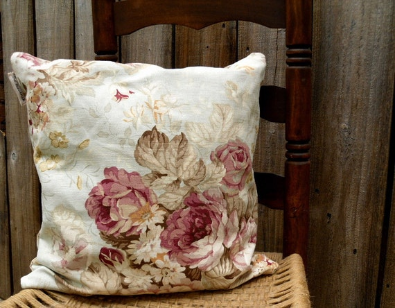 Pillow Cover Cottage Chic Print