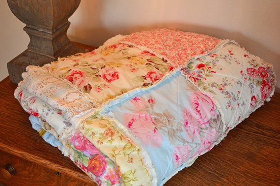 Shabby Chic Rag Quilt, Favorite, blue, pink, yellow, green, & soft red with ivory colored baking.