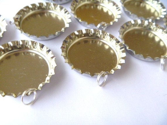 20 regular bottle caps with hole drilled and split rings attached for necklaces,zipperpulls and keychains