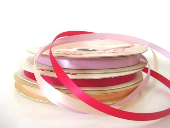 Hundreds of Yards Lot of Vintage Craft and Floral Fused Edge Acetate Ribbon