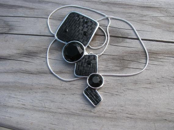 Black Necklace -Geometric-ONLY 1 AVAILABLE