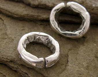 Artisan Jump Rings in Sterling Silver  - Thick n Chunky Connectors - Open  8.5mm - 12 Gauge  - 2 Links AC141