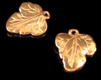 1 Golden Leaf Charms or Pendants in 24kt Vermeil Gold,  Double Sided Details - C172Vrr
