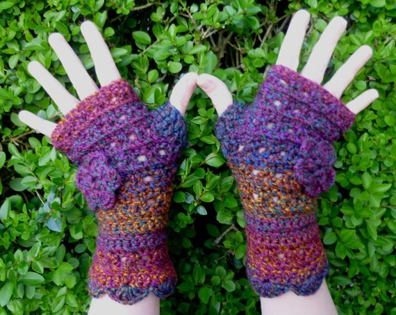 Hand crocheted Fingerless gloves in Octarine - The Colour of Magic