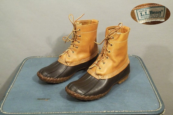 Vintage LL Bean Duck Hunt Boots. Made in Maine.  Men Size 8, Women size 9.5 (41 Euro)