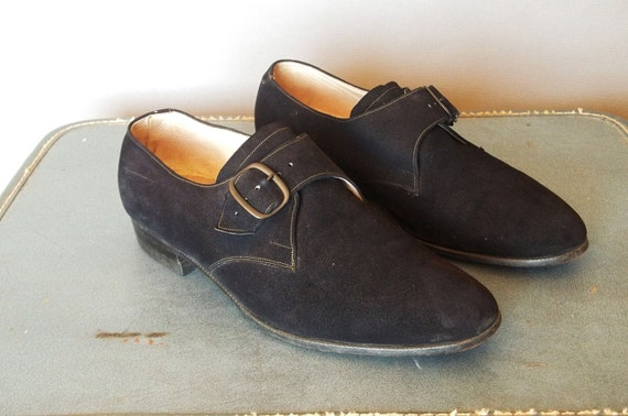 MENS Vintage nAVY Blue SUEDE Belted LOAFERS.  Men size 9. Women size 10.5 (43 Euro)