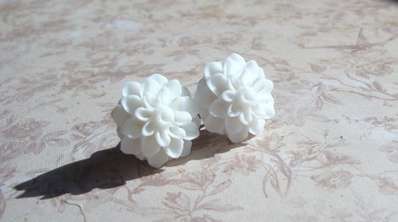 Jumbo White Flower Earrings Large Size on Surgical Steel Posts
