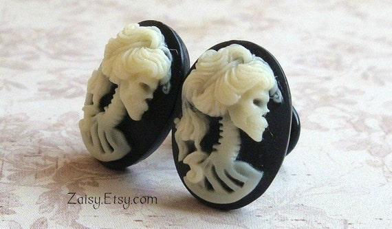 Zombie Cameo Plugs for Gauged Ears Sizes 00g, 0G, 2G, 4G , 6G, 4mm, 5mm, 6mm, 8mm, 10mm, Also Available For Pierced Ears