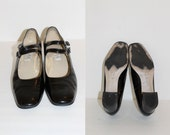 1980s  Nine West Black Patent Leather Mary Jane's Size 10 M