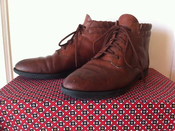 1980s brown leather ankle boots size 8.5