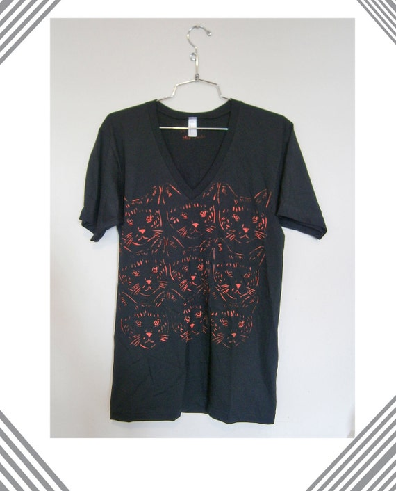 Unisex T shirt- Red cat print-Size M or L