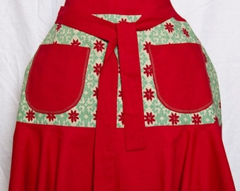flirty Christmas half apron with fleur de lis print