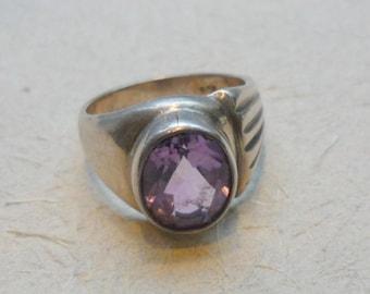 Vintage Amethyst Ring, Vintage Sterling Silver Ring, Silver and Amethyst Stone Ring, Asymmetric Vintage Ring, Purple Stone Ring, Old Ring.