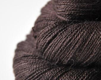 Burnt cacao beans - BabyAlpaca/Silk Lace Yarn