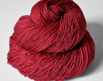 Hot desire - Merino/Silk Fingering Yarn Superwash