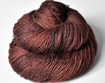 Burnt cinnamon roll - BFL Sock Yarn Superwash