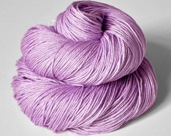 Forgotten poisonous love - Merino/Silk Fingering Yarn Superwash