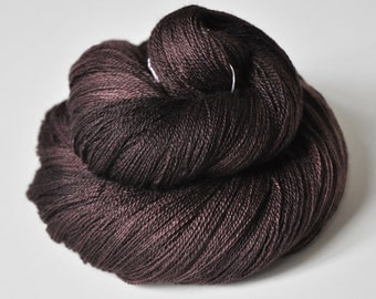 Burnt cacao beans - Merino/Silk/Cashmere Fine Lace Yarn