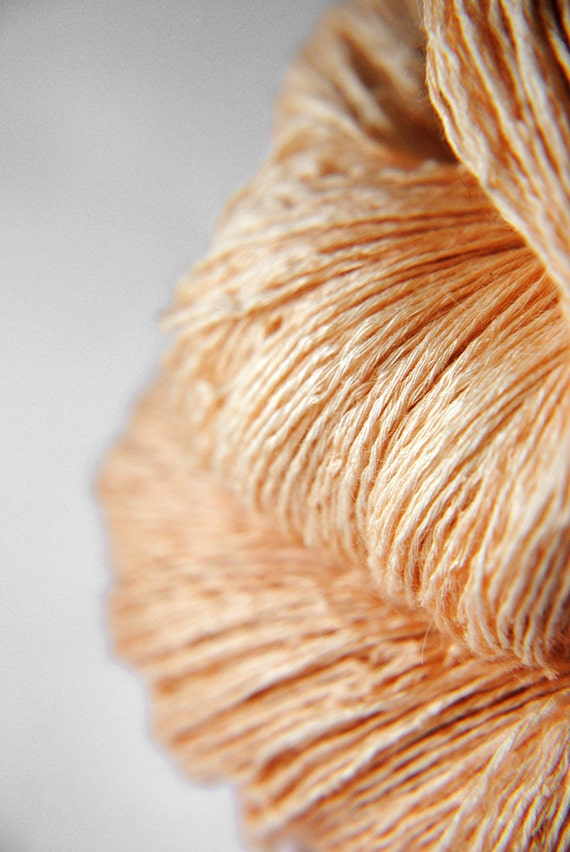 White peach pulp - Silk/BabyCamel/Merino Yarn Lace weight