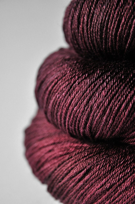 Rotten berry mix OOAK - Merino/Silk superwash yarn fingering weight