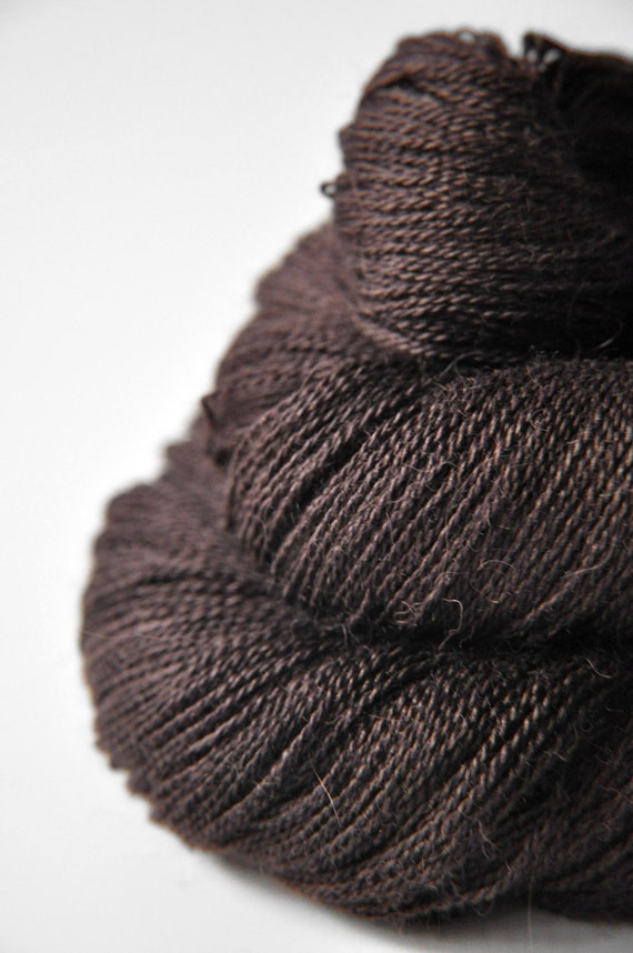 Burnt cacao beans - Baby Alpaca / Silk yarn lace weight