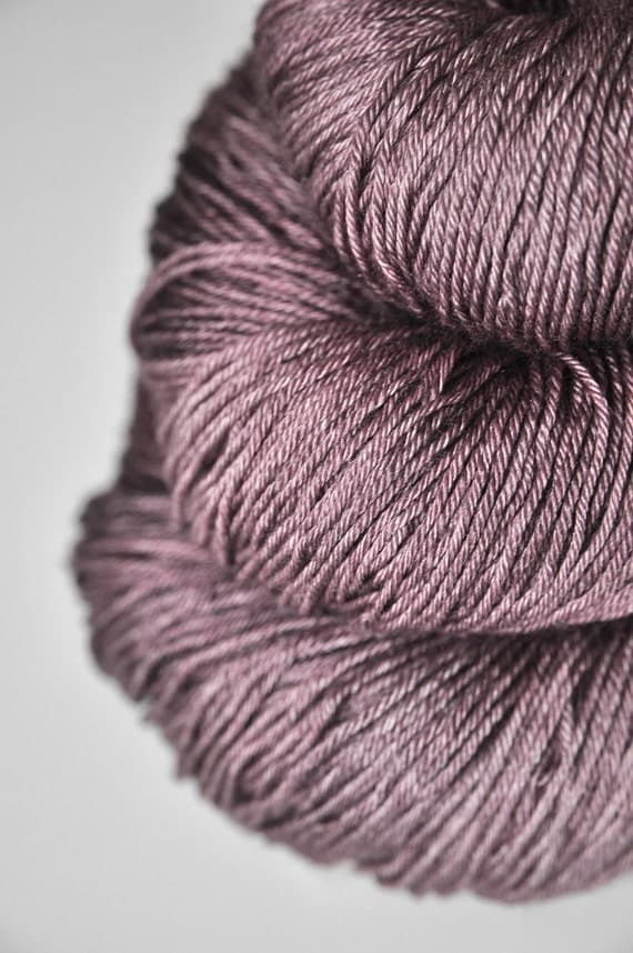 Withering red orchid - Merino/Silk superwash yarn fingering weight