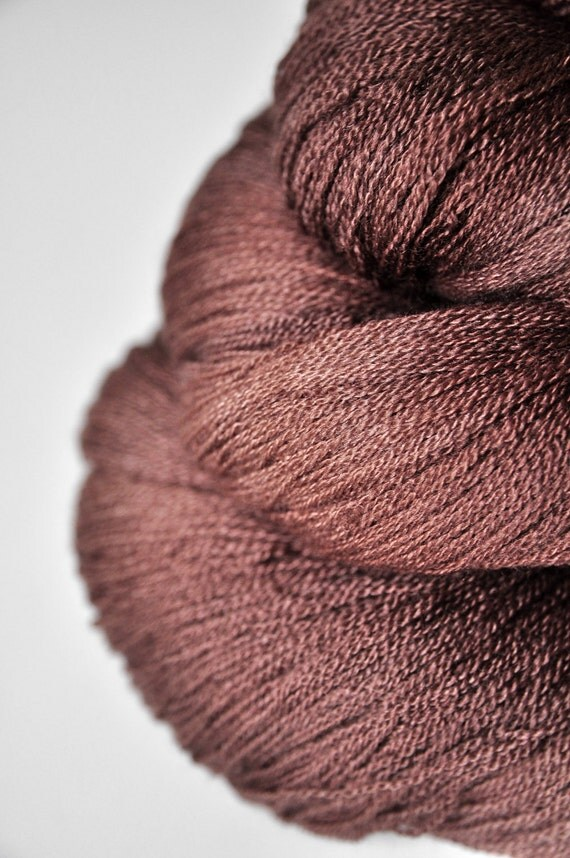 Mother earth is stirring - Merino/Silk/Cashmere Yarn Fine Lace weight