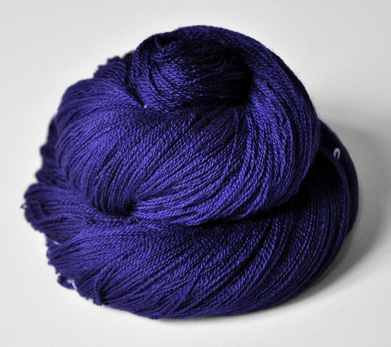 Memory of a fearsome tale - Merino/Silk/Cashmere Yarn Fine Lace weight