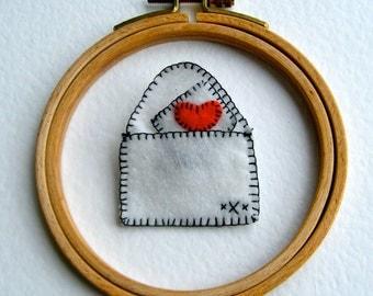 Write Me A Letter Felt Red White Envelope Love Letter Pin Brooch Heart Bag Accessory Woman Girls