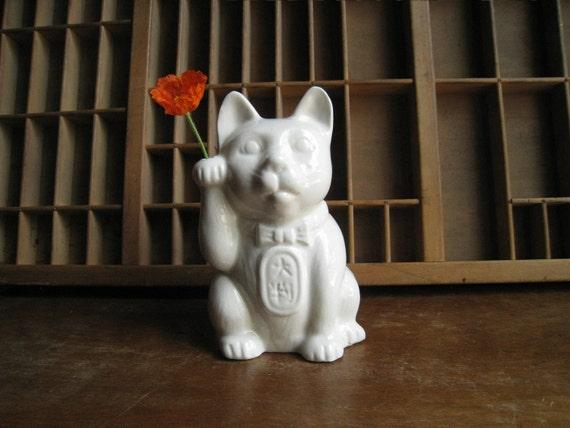 Vintage White Ceramic Japanese Lucky Fortune Cat Maneki Neko Figurine or Statue Vase