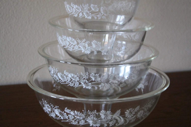 Pyrex clear glass mixing bowl set