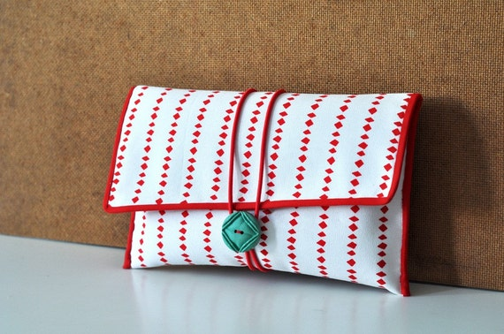 JAPAN EARTHQUAKE RELIEF // Fabric Button Clutch - Red Diamond Print