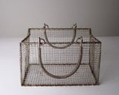 v i n t a g e Rustic Metal Wire Purse Basket