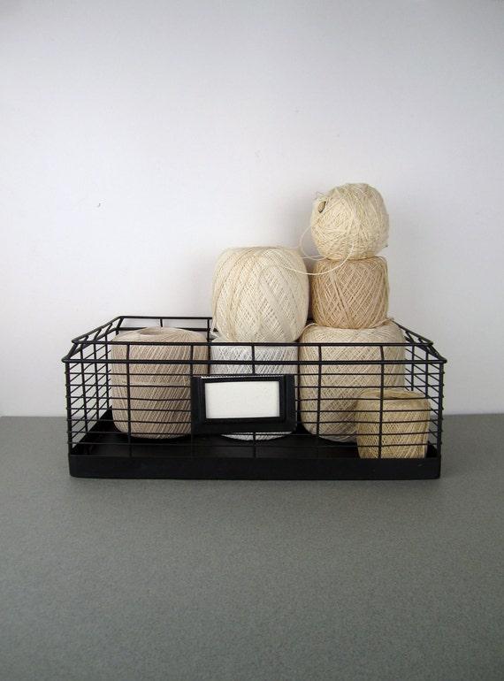 Black Metal Wire Tray Basket