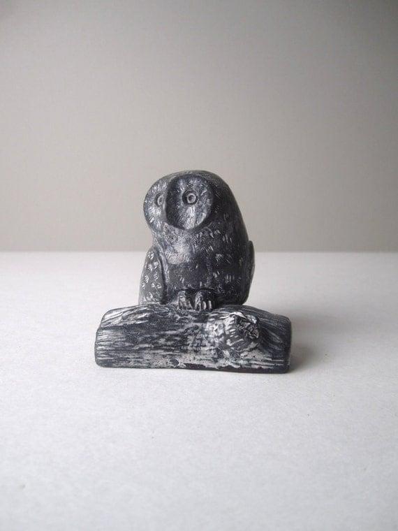R E S E R V E D Wolf Collectible Soap Stone Black Owl Figurine Sculpture