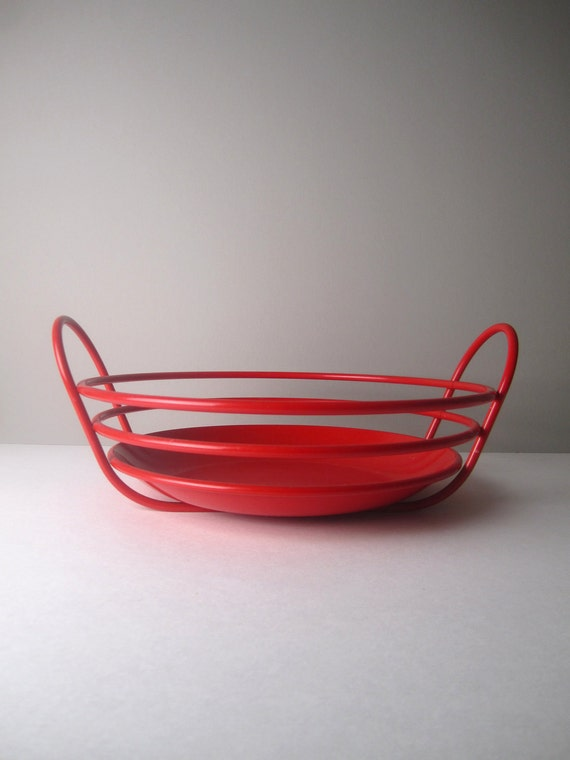 l a r g e Modern Retro Bright Red Metal Bowl with Handle