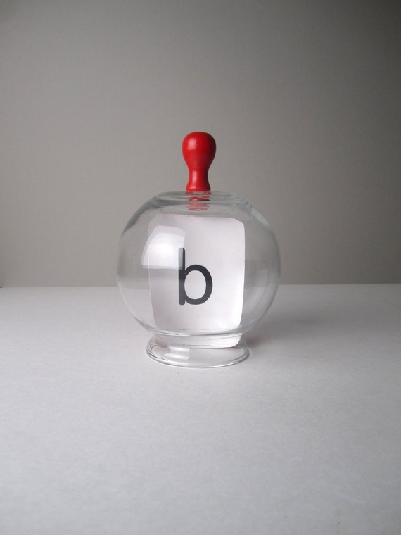 v i n t a g e Repurposed Clear Glass Cloche with Red Wooden Knob