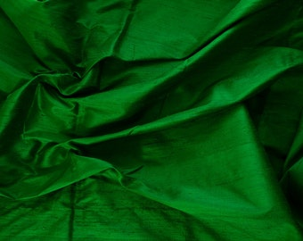 Silk Dupioni in Green,Fat quarter, D -107
