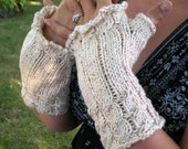 Fingerless Gloves Cream Speckled Cabled Wrist Warmers