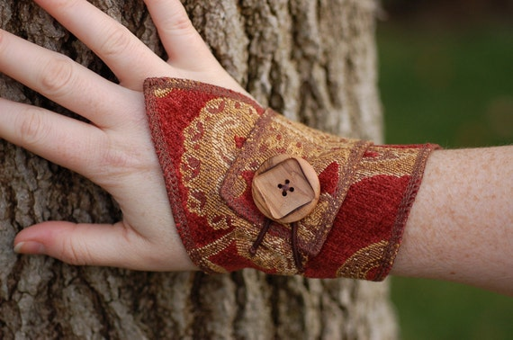Fabric Cuff Bracelet with Wood button