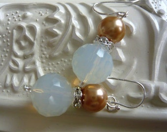 Golden Pearl Earrings - Pearl and Sparkle