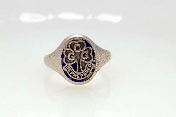 Vintage Sterling Silver Canadian Girl Guides Organization Ring