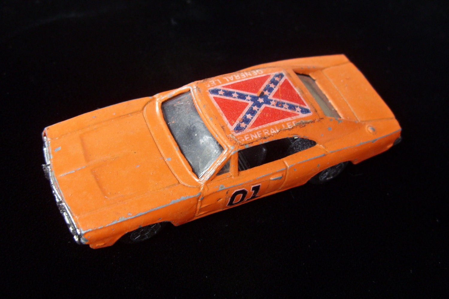 Vintage Dukes of Hazzard General Lee Collectible Toy Car Hot