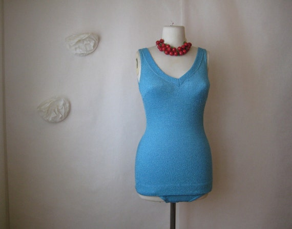 1940s blue swimsuit. vintage 1950s one piece maillot. bathing beauty hollywood starlet.