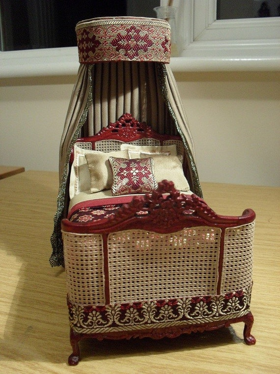 miniature canopied bed by pocketpygmies on etsy canopied beds sohautestyle com