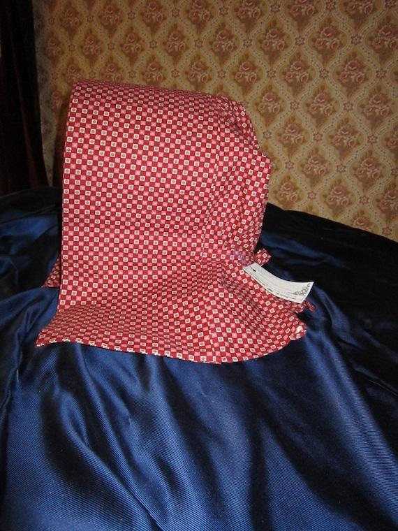 Slat bonnet, red calico